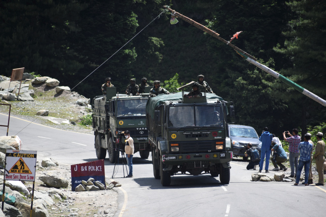 More meetings expected to defuse border tension between India and China